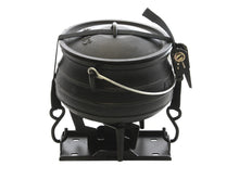 Load image into Gallery viewer, Front Runner Potjie Pot/Dutch Oven AND Carrier