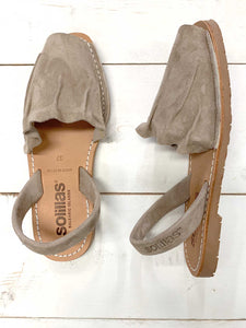 Grey Ruffled Suede Solillas Sandals - Size 4