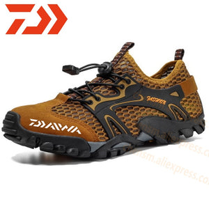 New Daiwa Fishing Water Shoes Men Beach Outdoor Wading Shoes Climbing Shoes Surf Woman Quick-Drying Dawa Fishing Shoes Size 39-50