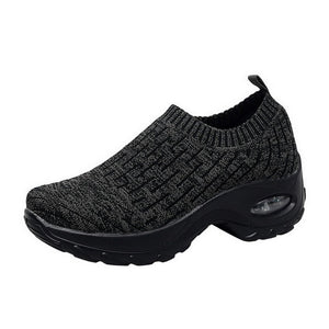 Women Sneakers Fashion Breathable Mesh Casual Shoes Platform Sneakers Men Platform Slip-On Sneakers Walking Running Shoes