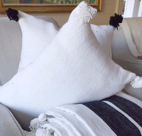 KESH PILLOW SOLID WHITE