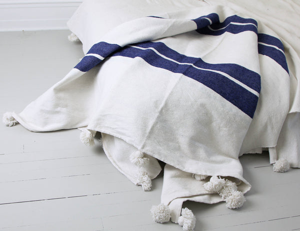 KESH STRIPE THROW/BED COVER