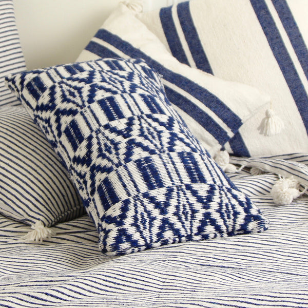 JACQUARD PILLOW COVER
