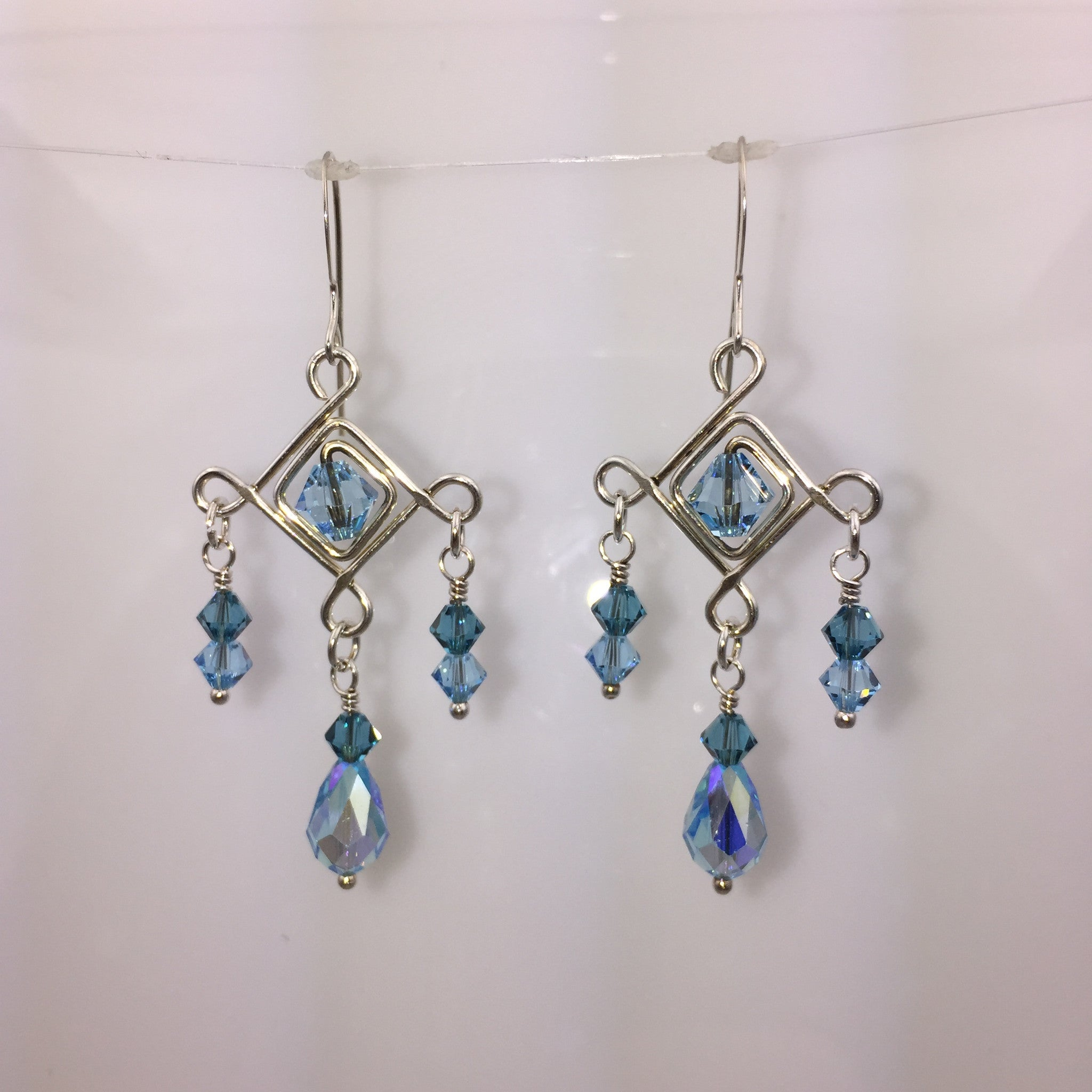 Teardrop Diamonds Earrings