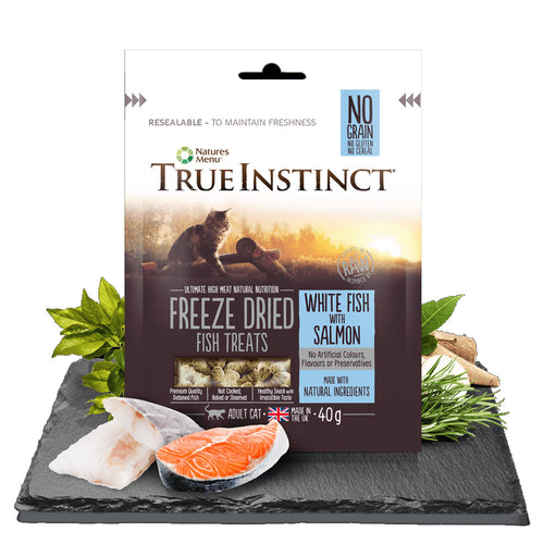 Natures Menu True Instinct Freeze Dried Adult Cat Treats White Fish with Salmon