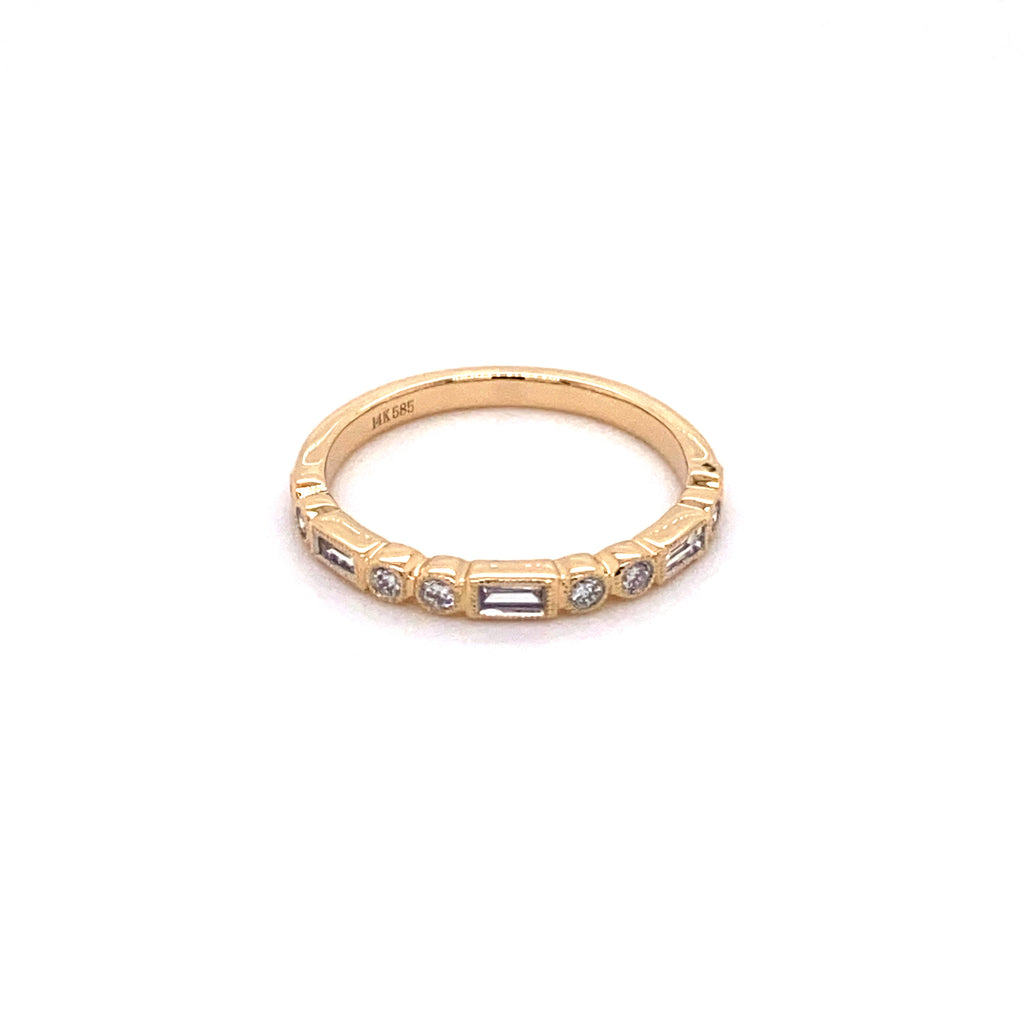 Baguette and Round Yellow Gold Ring