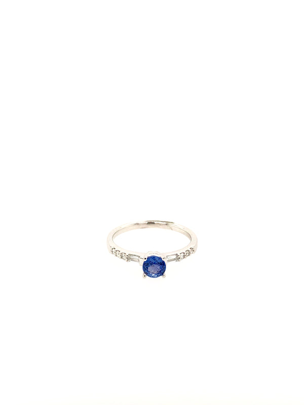 18ct White Gold Tanzanite Ring with 2x Baguette Diamonds