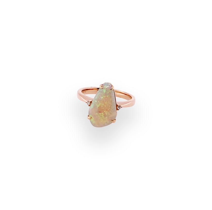 Opal 2.7ct Rosegold Ring