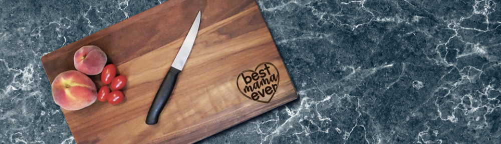 Personal<!ized Cutting Boards