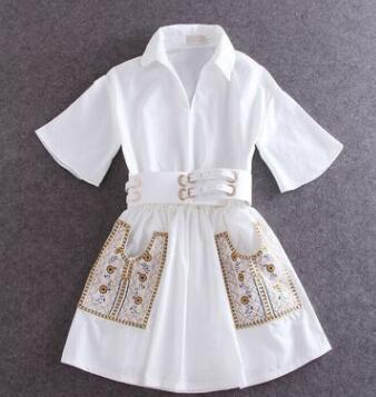 Summer new hand-embroidered white dress