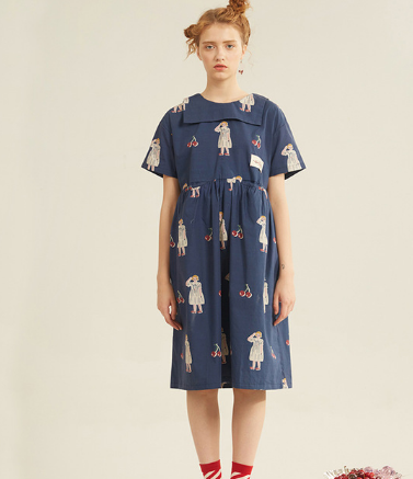 Navy blue and navy blue full-body cherry pictorial digital printed cotton short-sleeved dress.