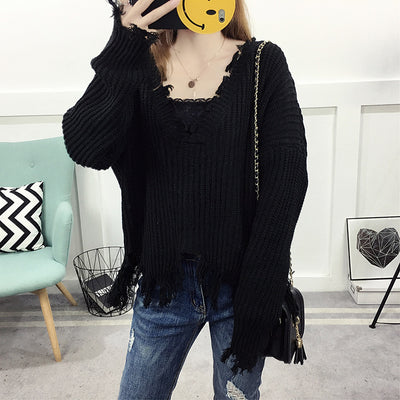 Women's V-neck sweater 2018 autumn and winter hole fashion sweater tassel fur blouse