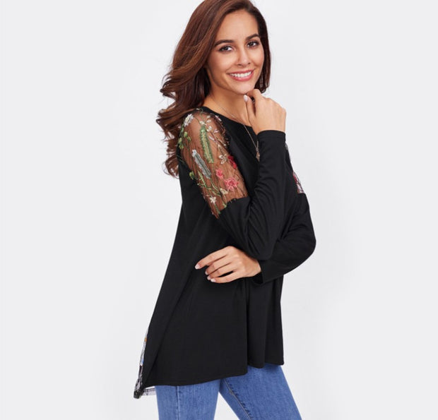 Black Knot Raglan Sleeve T shirt Women