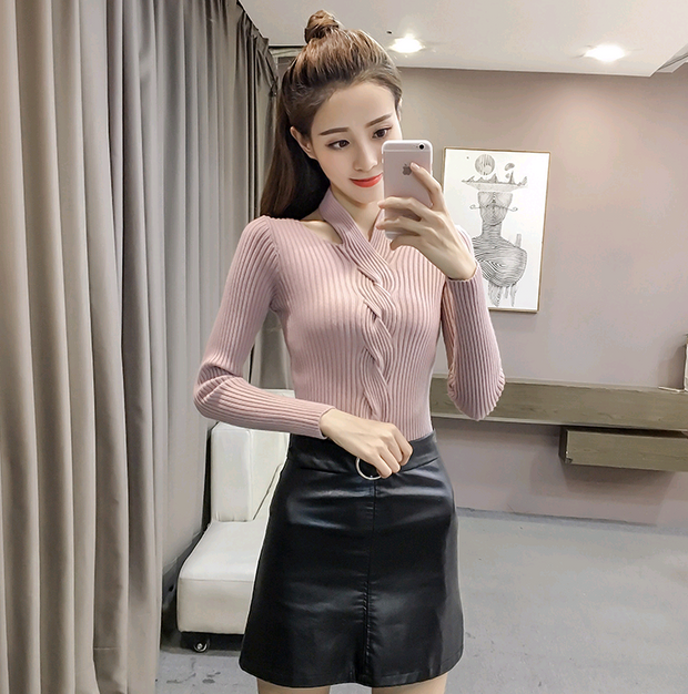 Long-sleeved T-shirt female autumn and winter fashion wild hanging neck sweater v-neck sexy tights knit bottoming shirt