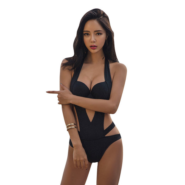 Black sexy swimsuit beach bikini
