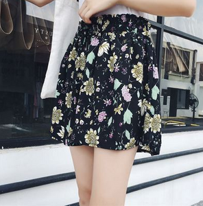 Printed wide leg shorts