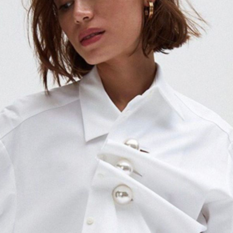 Two kinds of big pearl pleated shirts