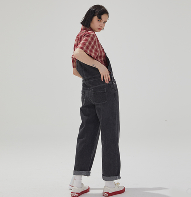 2019 new Korean version of the loose wild thin student strap denim trousers