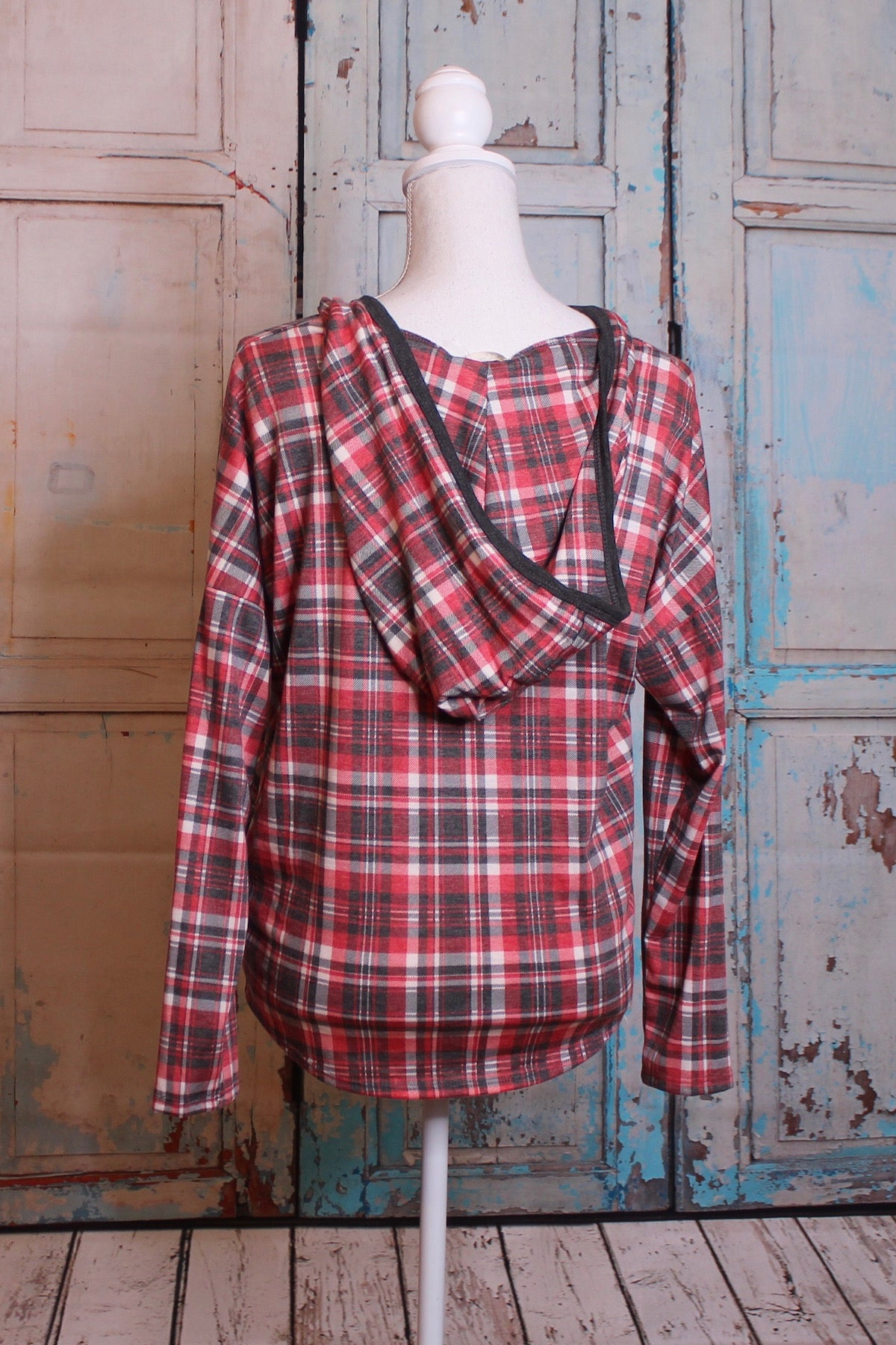 'Cute as a Button' Long Sleeve Button Down in Plaid