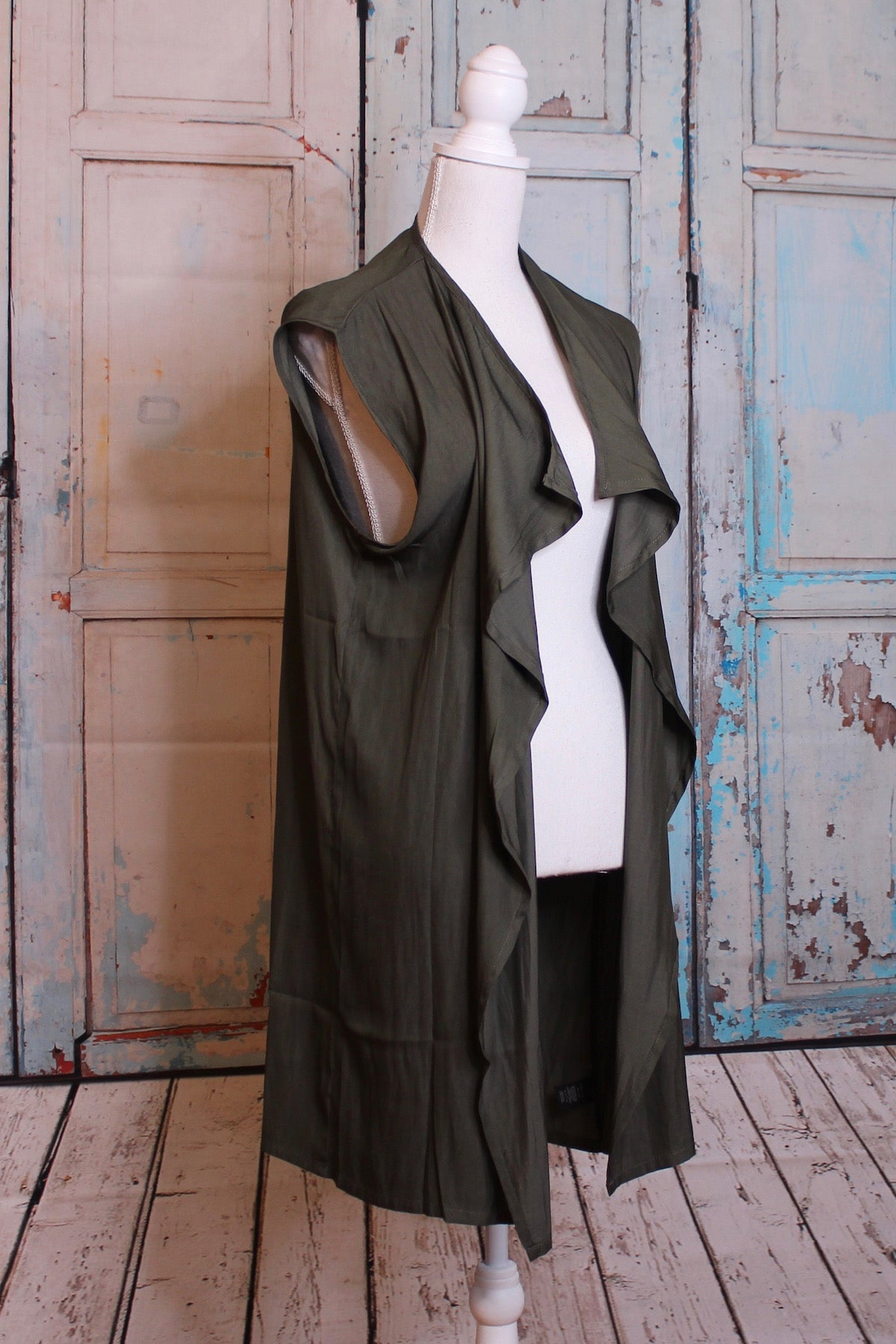 'Olive You' Flowy Cloak in Green