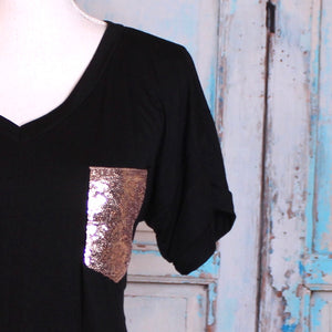 V-Neck 'Pocket Dial' Tee