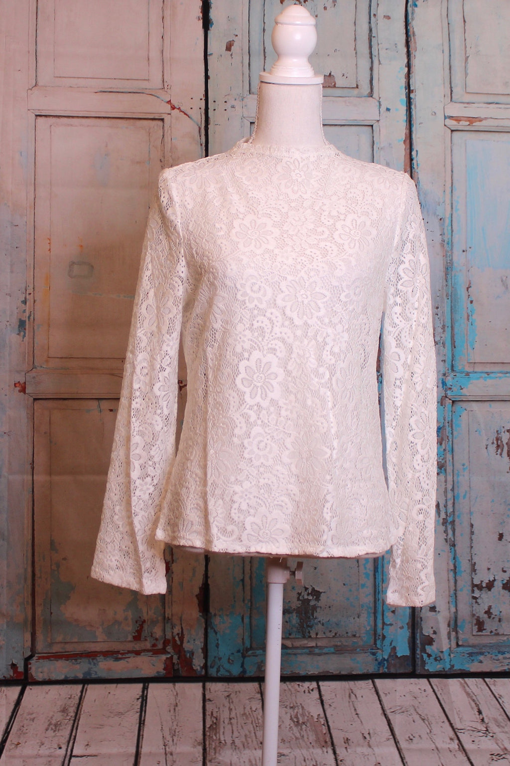 'Lace + Love' Romance Blouse in Ivory
