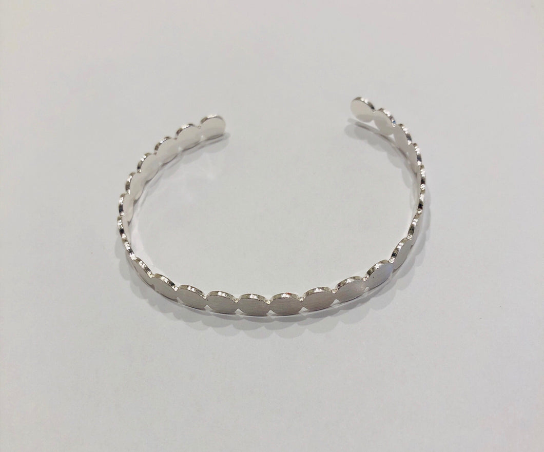 Brushed silver adjustable bracelet!