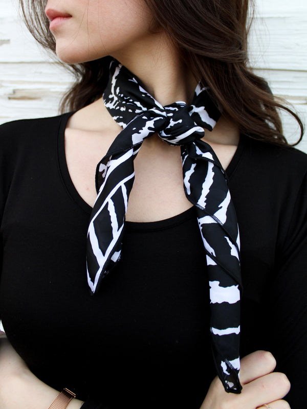 Scarf—Black+White - Hazlee