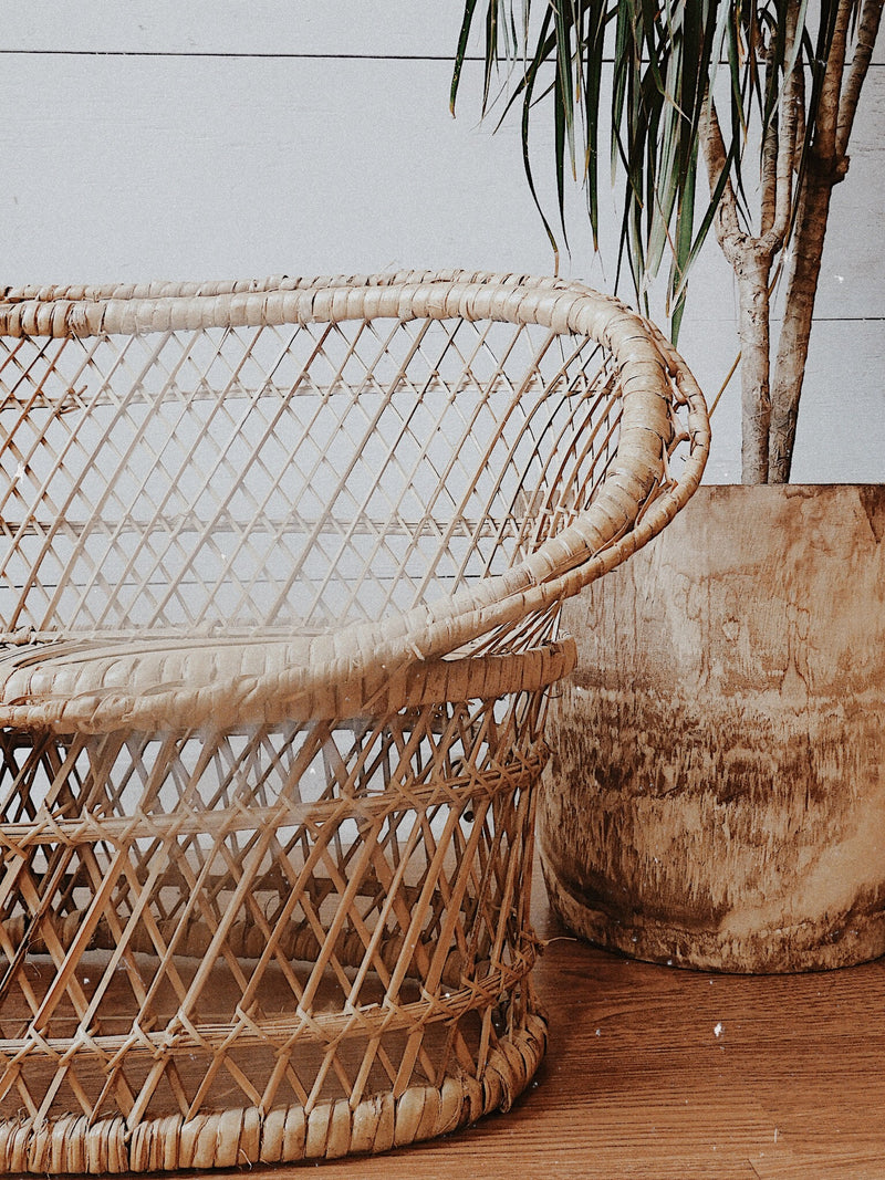 Vintage Wicker bench (Local Pick-up Only)