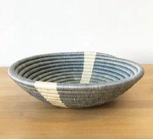 Load image into Gallery viewer, Large Gatare Bowl