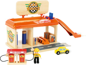 Auto Repair Shop with Petrol Station