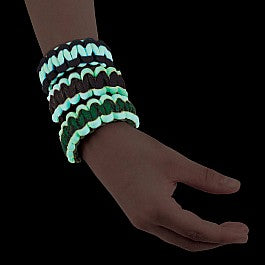 Glow-in-the-Dark Paracord Wristbands