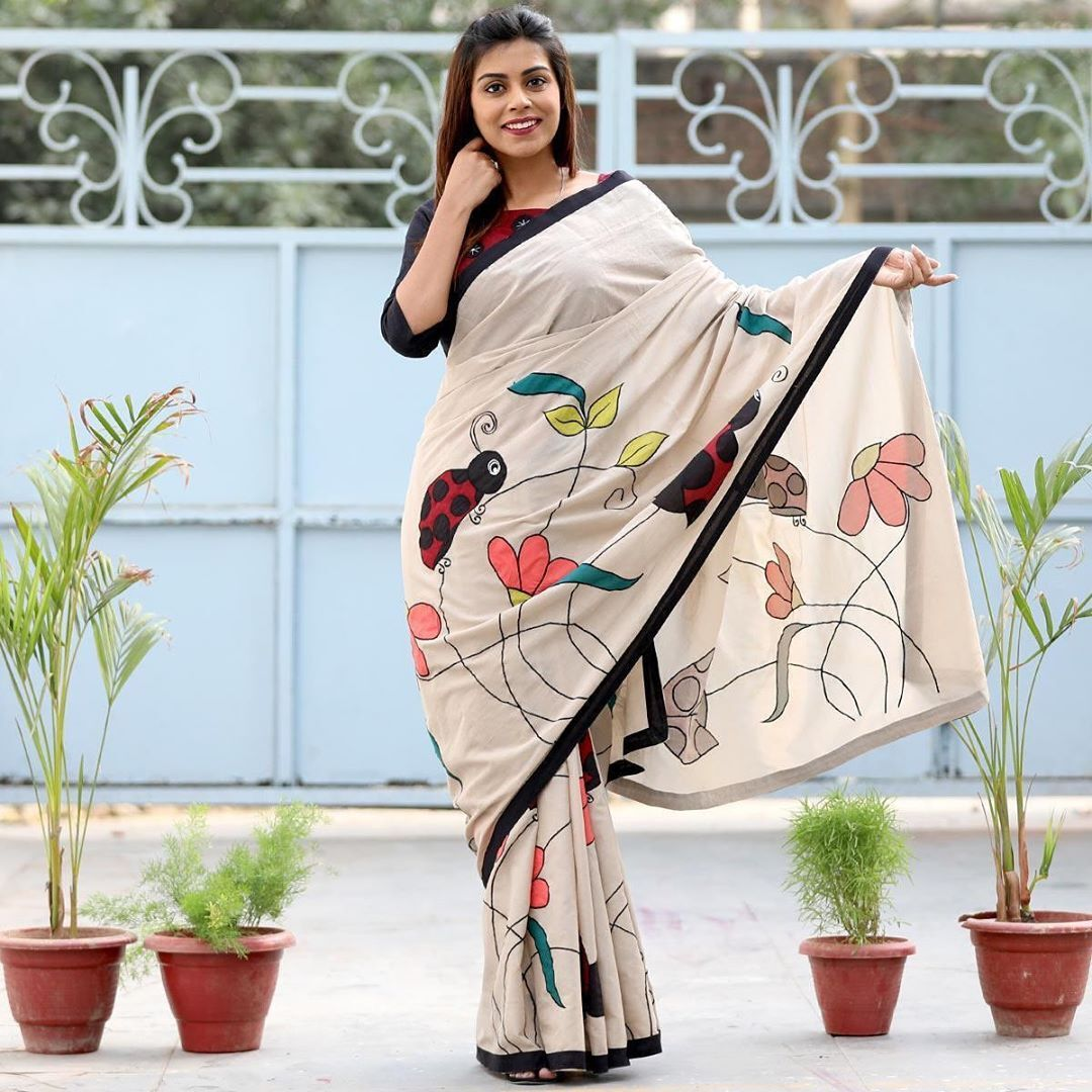 Flunt Off White And Maroon Color Pure Linen Designer Saree
