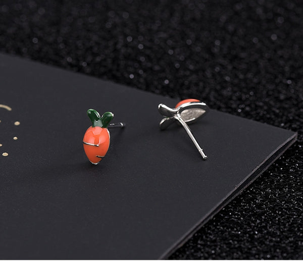 S925 silver needle oil dropping technology lovely carrot Earrings, 8x4mm