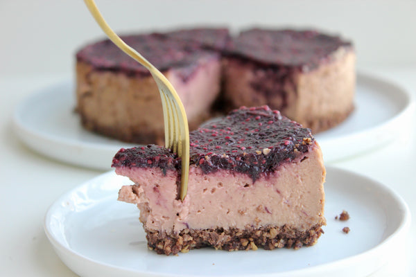 Strawberry Cheesecake with Chocolate Coconut Crust | Emmy's Organics