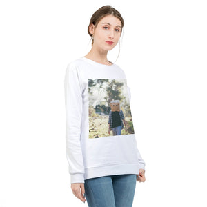 The Hiding Face Women's Graphic Sweatshirt