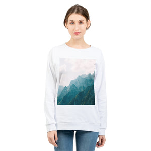 Mountain Tops Women's Graphic Sweatshirt