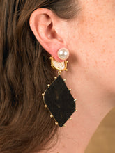 Load image into Gallery viewer, Asteria Earrings - Gold/Black - Pair