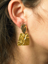 Load image into Gallery viewer, Oase Earrings - Gold - Pair
