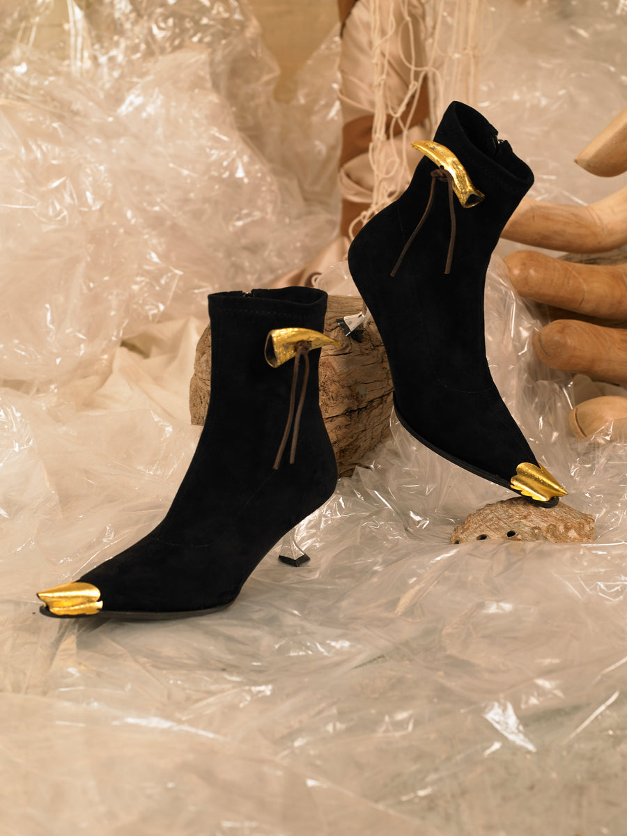 Artisanal Trigon Heeled Boots - Black/Gold