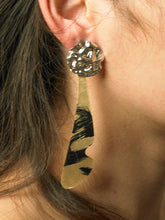 Load image into Gallery viewer, Agula Earrings - White gold/Paradis Nuit- Pair