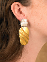 Load image into Gallery viewer, Helena Earring - Gold/White Gold - Pair