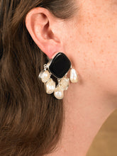 Load image into Gallery viewer, Estal Earring - White gold/Black - Pair