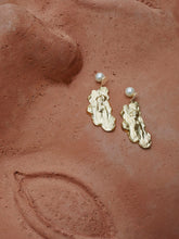Load image into Gallery viewer, Sirene Earrings - Pair