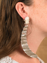 Load image into Gallery viewer, Lunna Earrings - White Gold/Silver - Pair