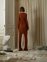 Load image into Gallery viewer, Crushed Elongated Saga Trousers - Burnt Orange