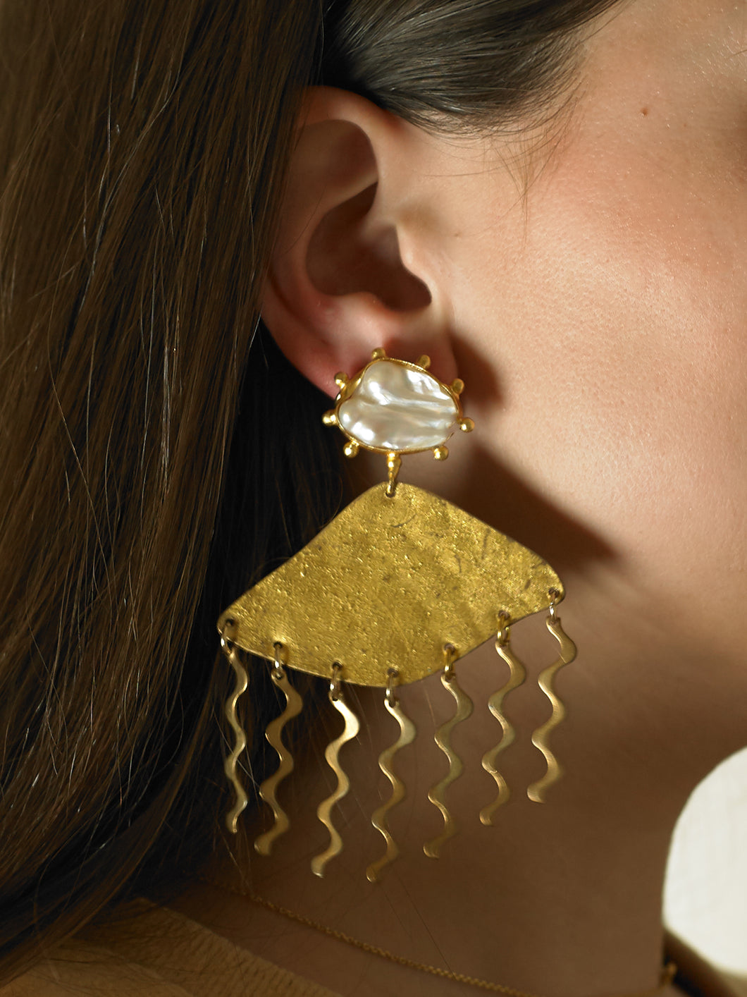 Vasone Earrings - Gold