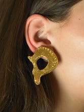 Load image into Gallery viewer, Artisanal Aria Earrings - 24K Gold