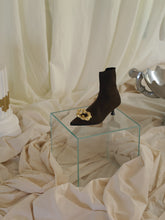 Load image into Gallery viewer, Techno-Knit Galea Low-Heeled Boots - Chataigne/Gold