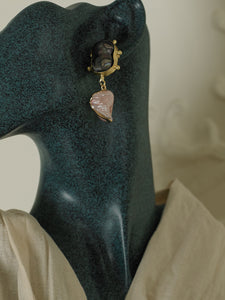 Agoa Earrings - Gold / Blush